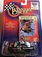 Chevy monte carlo stock car model racing cars 99daf605 fd22 4c8c b790 dd5accaea9e9 medium