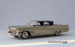 Lincoln continental mk v convertible model cars 654c1c1b 1682 45aa a263 43d63bfd6441 medium