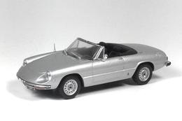 Alfa romeo spider junior model cars a0e633b8 08e9 42af 811f 1e3301d99857 medium