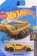 2005 ford mustang model cars 45969b1f ff27 4846 9c66 f9032a006343 medium