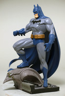 Jim lee batman statues and busts 3ba30195 4d35 4bfa 8c2d a5b79592af2e medium