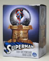 Superman snowglobe statues and busts 3c6bf728 80a8 428b 8222 dfb7a600932f medium