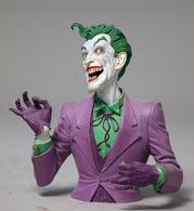 Joker mini bust %2528paint master%2529 statues and busts b7480f9e 3224 442b 9865 1a3116e63ef5 medium