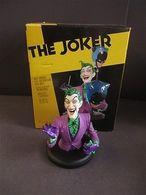 Joker mini bust statues and busts 6ec92b41 a24c 40c5 9244 c7ffe8b6c55b medium