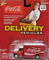 International delivery truck model trucks d193c817 8098 4eff 9293 f7cc2caf0f3d medium