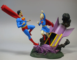 Superman and supergirl statues and busts 8a122fa3 807c 4a39 82d6 c6b1398849b9 medium