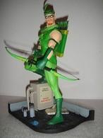 Green arrow statues and busts 62a61f80 055a 4982 afcc cd1426698ec2 medium