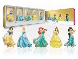 Disney princesses deluxe box set pins and badges b3fb53b1 4861 47ca b046 c1c2167a5e15 medium