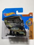 Kool kombi  model trucks be5e0866 fc55 45b2 a277 4e63fc93ba51 medium