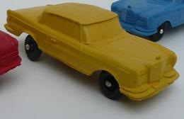 Miniflex mercedes benz 230se model cars 794eb4ab c6ff 4d52 a2cd 50eaadd4e091 medium