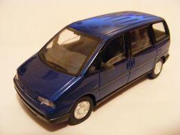 Corgi solido a century of cars peugeot %252796%2527 806 mpv model cars c4b4b5e0 9ec2 4103 b138 efd59f6664ae medium