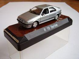 Renault 19 1992   Model Cars
