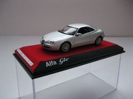 Norev alfa romeo gtv 2003 model cars f8173caf 2b36 4780 918d 10e1893dc51e medium