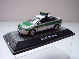"Opel Vectra C Limousine ""Polizei"" 2002 | Model Cars"