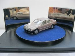 Siku mercedes benz w124 model cars d674f0fe 8b82 4171 8736 03a9d46d7861 medium