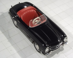 Black mercedes 300sl pedal car medium
