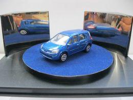 Majorette serie 200 renault scenic model cars 47262829 8116 49a0 b71a 7d97492e1844 medium