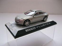 Norev concept car la collection renault fluence concept model cars 49060069 e1bb 469a a843 731d3ed5b4ff medium