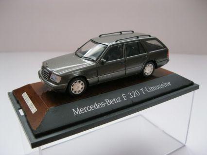 mercedes benz e class w124 t model model cars hobbydb. Black Bedroom Furniture Sets. Home Design Ideas