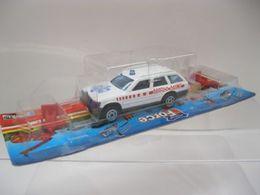 Majorette rescue force mercedes benz w124 t model model cars 7103c9fd 277f 4158 8c71 b8cecc355efb medium