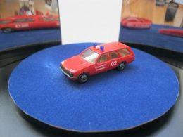 Herpa opel rekord e1 caravan model cars 4aedbc62 9204 46f5 8eb8 e42fbd3b8434 medium