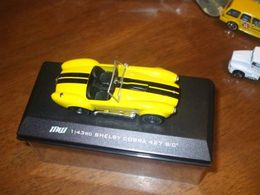 Greenlight shelby cobra 427 s c model cars 9c3292e9 dd55 4aff a789 17188a1d06a2 medium