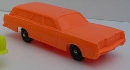 Imperial 1968 mercury commuter station wagon model cars f3222772 e45d 4444 aa53 90b1c37c4575 medium