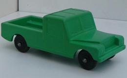 Lef landrover pickup model cars cff603bb 42d5 4212 977f c20f48d19fd6 medium