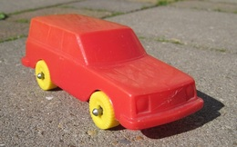 Lef volvo 240 model cars 431a8d02 3420 4c04 8d0e 49ed2ef197b2 medium
