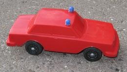 Lef volvo 240 sedan model cars 568d7da9 3d3d 4a87 8162 460064786b00 medium