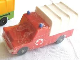 Lef landrover pickup with hood model cars 4c3cad26 fd1c 4b46 a430 fee238e18922 medium