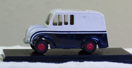 Amt 1950 divco promo model truck  model cars 7d40d3cd a2a2 461f ba70 b328aa8b8109 medium