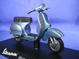 Fabbri passione vespa piaggio p150x 1978 model motorcycles 6ddf35ac 3472 4f13 a4b8 631f869fb6c5 medium