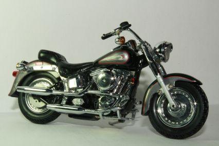 Harley Davidson Softail Deluxe Diecast Model Amazon