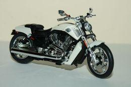 Harley Davidson VRSCF V-Rod | Model Motorcycles
