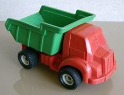 Viking plast tipper model trucks 34fe4dae 09ef 4c56 a7df f132724c4c82 medium