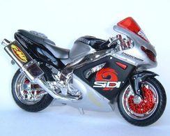 Maisto yamaha yzf 1000 thunderace tuning model motorcycles f162e4e4 1c7b 4e9c b233 97bb2e4e88b0 medium