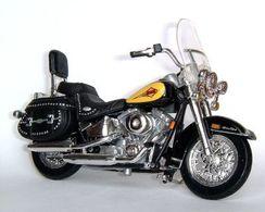 2010 Harley-Davidson FLSTC 1450 Heritage Softail Classic   Model Motorcycles
