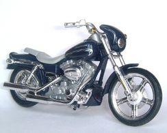 2001 Harley-Davidson FXDWG3 1450 CVO Custom   Model Motorcycles