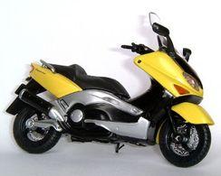 Welly yamaha xp 500 tmax model motorcycles b6930797 9c48 4092 b37f c216bb927418 medium