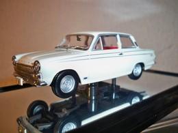 Classic carlectables 1965 ford cortina mk i gt 500 model cars 97e38a4b 75ca 49fe b0de 1295a5f14dd7 medium