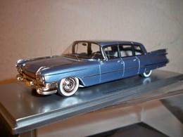 Kess 1959 cadillac series 75 model cars 28c8af4a d490 40d5 a3cc fc33e4b47f31 medium