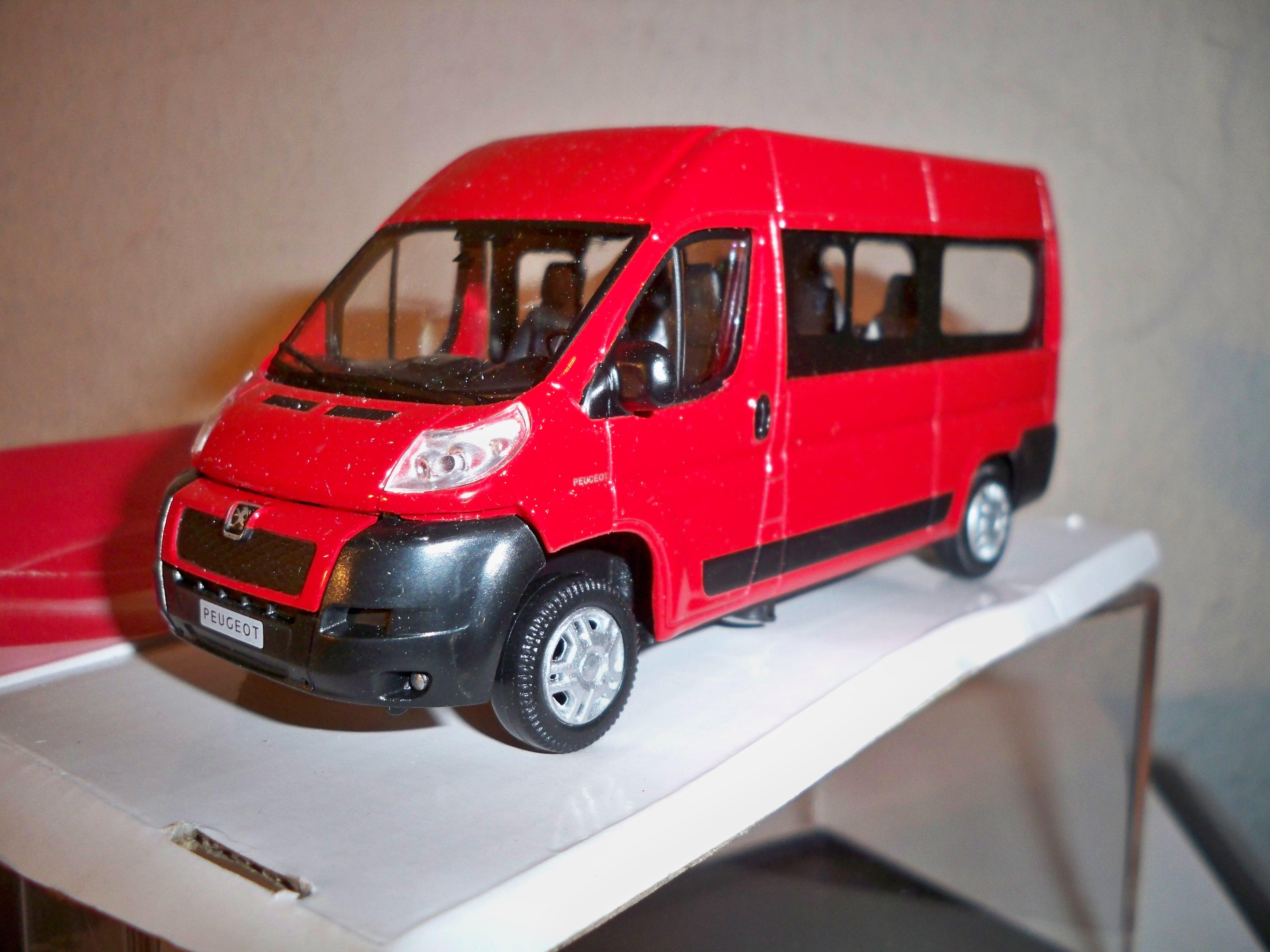 2008 peugeot boxer model cars hobbydb. Black Bedroom Furniture Sets. Home Design Ideas