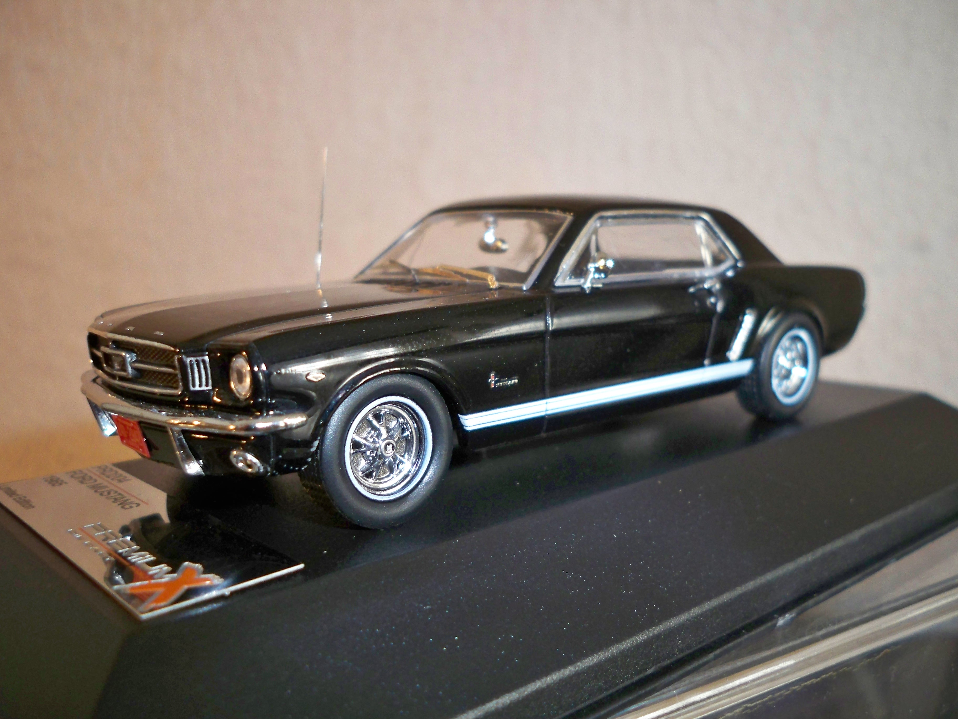 1964 ford mustang model cars hobbydb. Black Bedroom Furniture Sets. Home Design Ideas