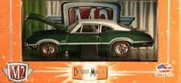 M2 machines detroit muscle 1970 oldsmobile cutlass 442 model cars 1a362ce3 7ca9 443d a5f4 d57b6c42d982 medium