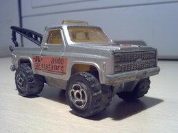 Majorette serie 200 chevrolet 84 c%252fk 1500 tow truck model trucks cae85bb3 a09f 44d5 854c cb8f45022fd8 medium