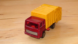 Matchbox superfast ford refuse truck model trucks b5cd8e05 39e2 4d30 85ae 178628cb2c63 medium