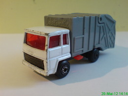 Matchbox ford refuse truck model trucks ea694f06 a9c7 4e78 8f63 d1dbab447b8e medium