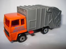 Matchbox colectomatic  refuse disposal model trucks 49de7efa ef03 413d b883 857c8ef6fbd5 medium