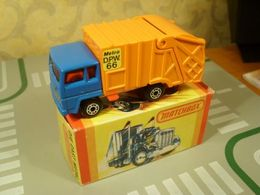 Matchbox ford refuse truck model trucks e60583a6 280c 4cc9 833c 5eade16322f9 medium